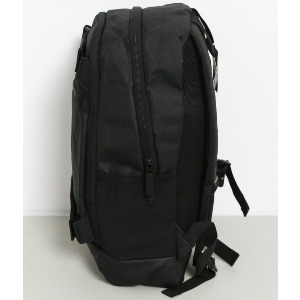 CURB BACKPACK - BLACK