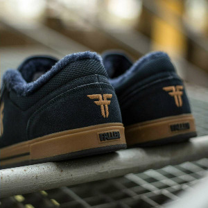 Patriot - WNTR Navy Gum